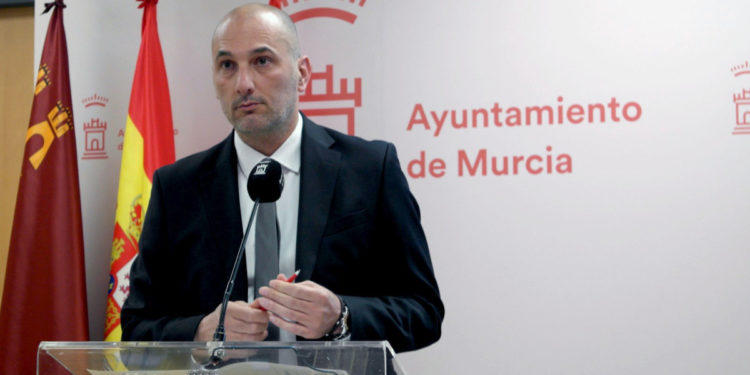 El concejal de Empleo, Promoción Económica y Turismo, Pedro García Rex.